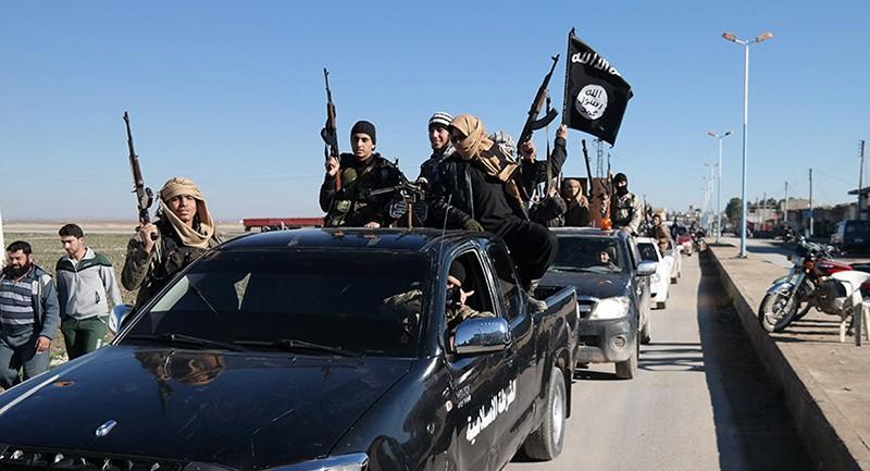 Nga: Khủng bố ở Syria nhận tiền, vũ khí từ nước ngoài - ảnh 1