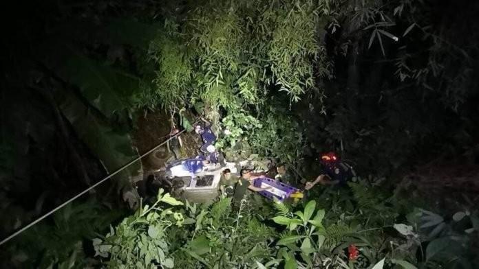 10 thành viên cứu hộ đội bóng nhí Thái Lan bị thương - ảnh 2