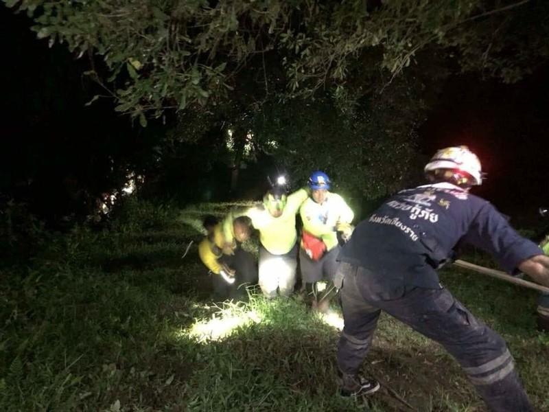 10 thành viên cứu hộ đội bóng nhí Thái Lan bị thương - ảnh 1