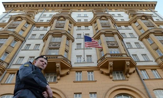 Phát hiện điệp viên Nga làm việc trong ĐSQ Mỹ suốt 10 năm - ảnh 1
