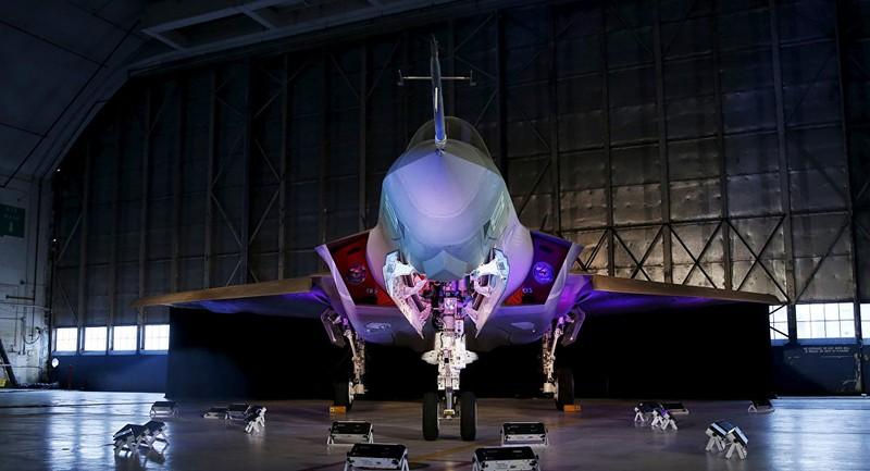 F-35 Mỹ tàng hình tới đâu cũng không qua mặt được Su-35 Nga? - ảnh 1