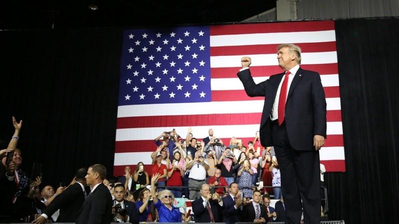 300 tờ báo lên án cuộc chiến chống truyền thông của ông Trump - ảnh 1
