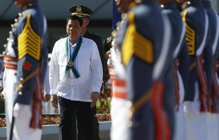Nga huấn luyện vệ sĩ cho Tổng thống Duterte - ảnh 1
