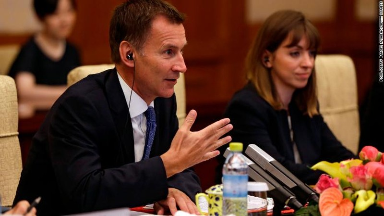 Lần đầu thăm Mỹ, Ngoại trưởng Anh đã ra đòn 'đánh' Nga - ảnh 2