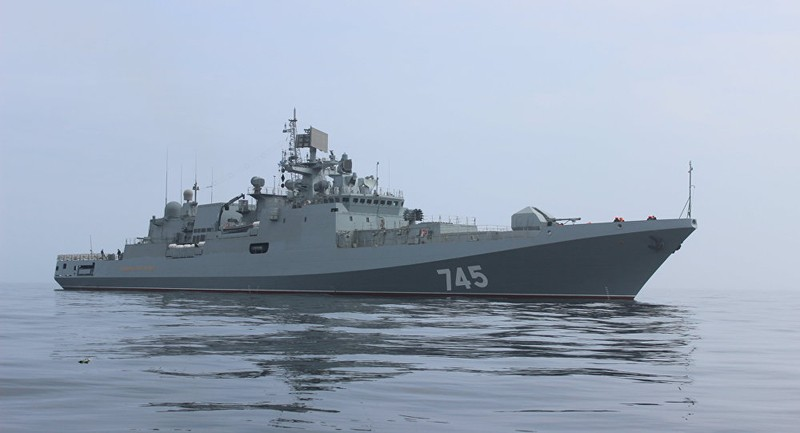 Đoán Mỹ có thể tấn công Syria, Nga đưa 17 tàu chiến tới  - ảnh 1