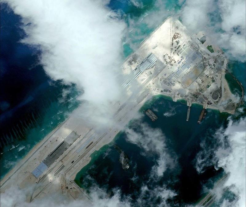 Mỹ cảnh báo 'Vạn lý Trường thành tên lửa' của TQ ở biển Đông - ảnh 1