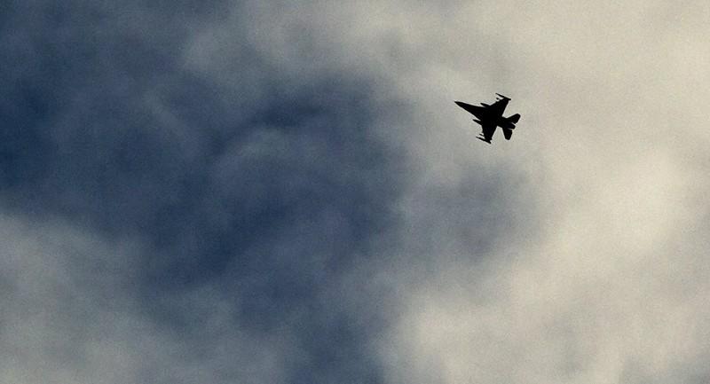 Syria tố liên quân Mỹ nã tên lửa vào vị trí quân đội chính phủ - ảnh 1
