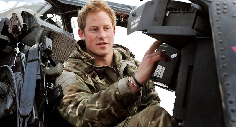 Hoàng tử Anh tham gia tập trận quy mô lớn đối phó Nga - ảnh 1