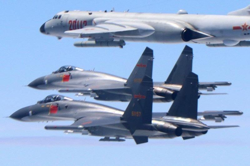 Đài Loan tuyên bố sẽ đuổi thẳng máy bay Trung Quốc áp sát  - ảnh 1