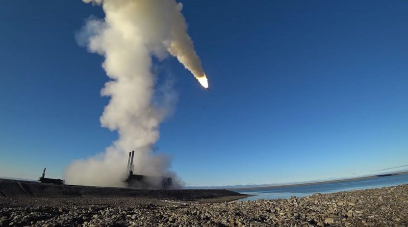NATO tập trận ở Biển Đen, tàu chiến, tên lửa Nga 'vào vị trí' - ảnh 1