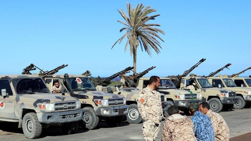 Libya: Phe tướng Haftar chỉ còn cách Tripoli 11km - ảnh 1
