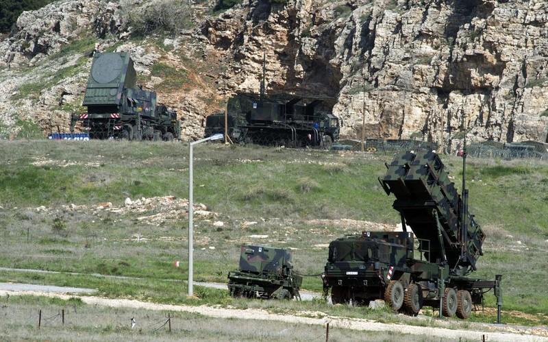 Mỹ nêu loạt hậu quả dành cho Thổ Nhĩ Kỳ nếu mua S-400 của Nga - ảnh 2