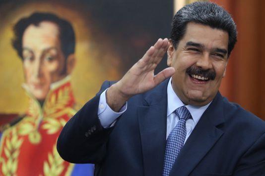 Ông Bolton: Mỹ trừng phạt Venezuela để cảnh báo Nga - ảnh 2