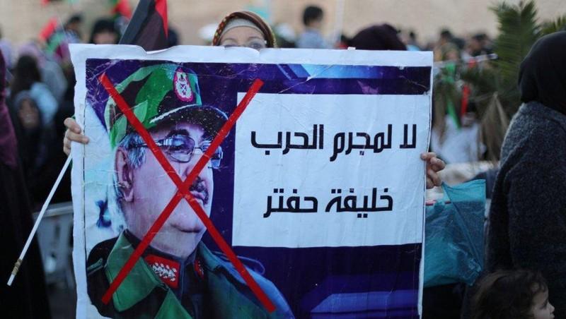 Libya: Phe Tripoli ra lệnh bắt tướng Haftar - ảnh 1