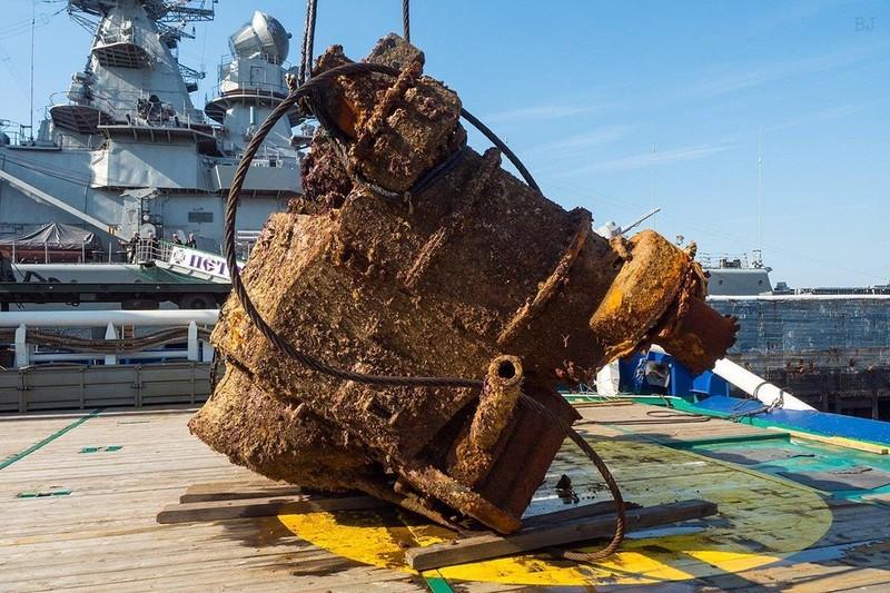 Xe tăng Mỹ bị đánh chìm 70 năm trở lại trong lễ duyệt binh Nga - ảnh 1