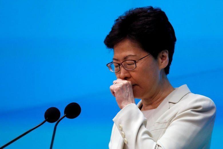 Lãnh đạo Hong Kong gửi lời xin lỗi chân thành, xin thêm cơ hội - ảnh 1