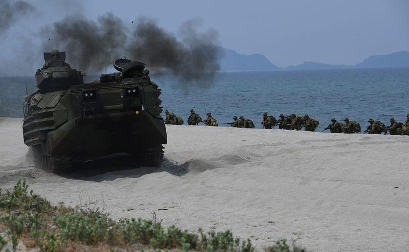 ASEAN-Trung Quốc đàm phán về Biển Đông vượt tiến độ - ảnh 1