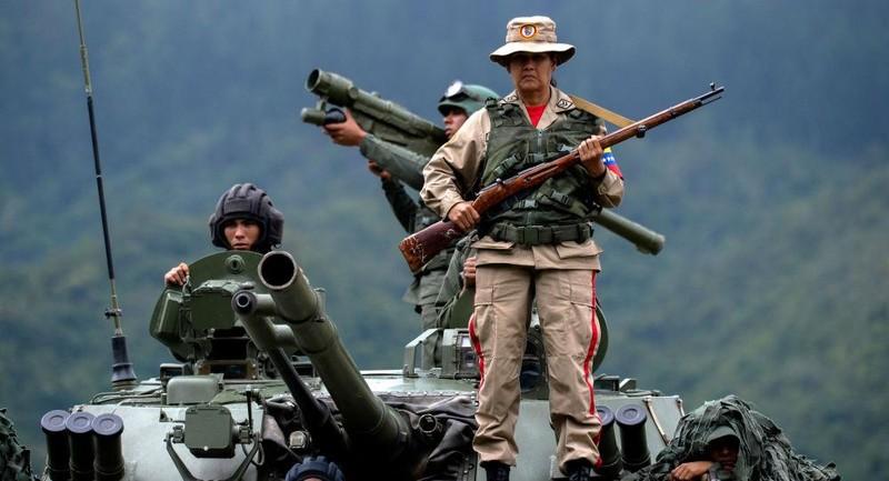 Nga cam kết tăng cường sức mạnh cho quân đội Venezuela  - ảnh 1