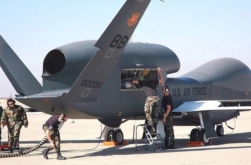 Ấn Độ xét lại việc mua 30 chiếc UAV Mỹ sau đụng độ Mỹ-Iran - ảnh 1