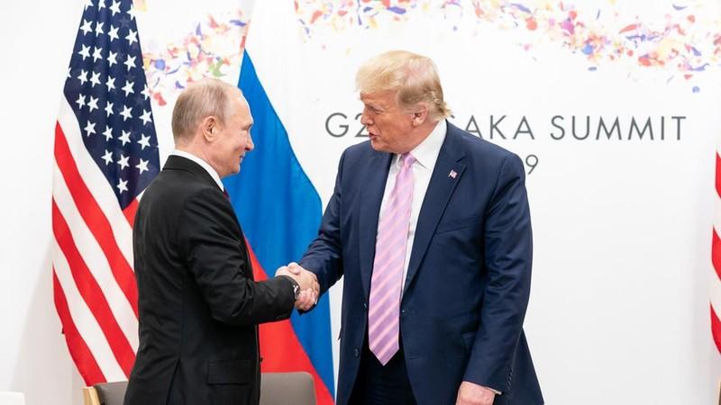 Ông Putin từ chối đề nghị của ông Trump giúp chữa cháy rừng - ảnh 1