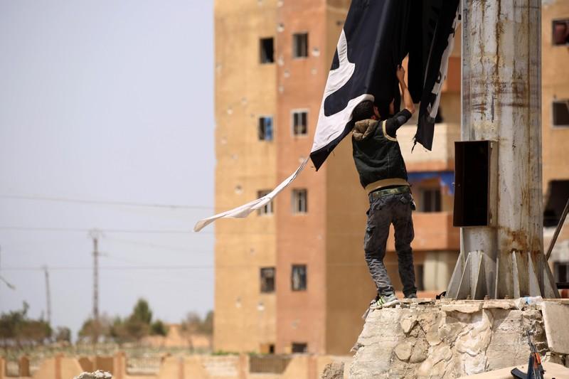 Mỹ rút khỏi nơi Thổ Nhĩ Kỳ phát động đánh người Kurd ở Syria - ảnh 2