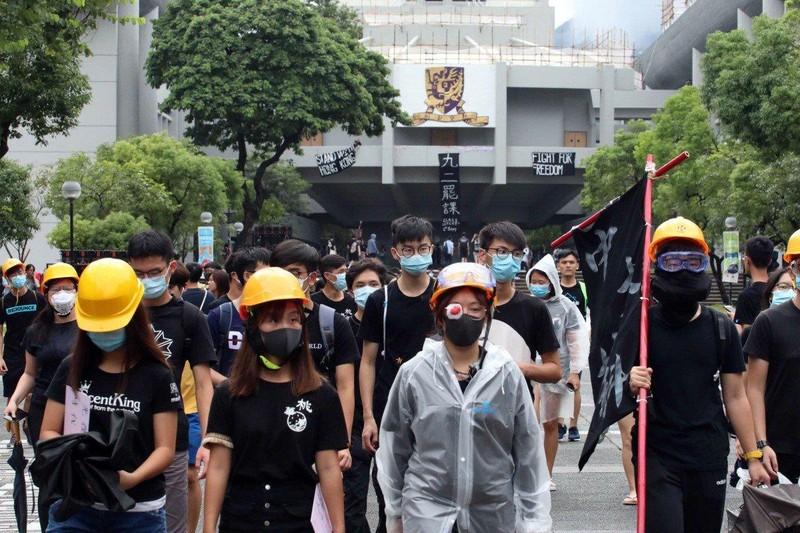 Biểu tình Hong Kong: 10.000 HS-SV bãi khóa ngày đầu năm học  - ảnh 1