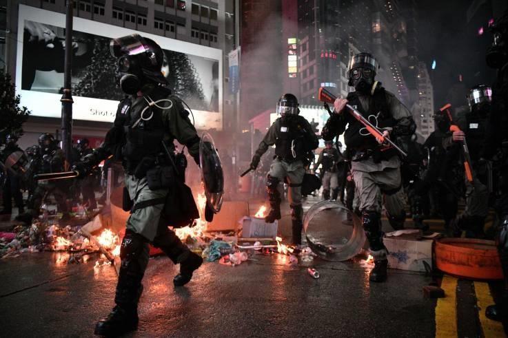 Trung Quốc nói không nhân nhượng tội phạm bạo lực Hong Kong - ảnh 3