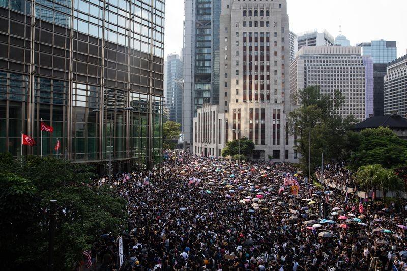 Giới chức Hong Kong không biết tìm ai đàm phán ngăn biểu tình - ảnh 2