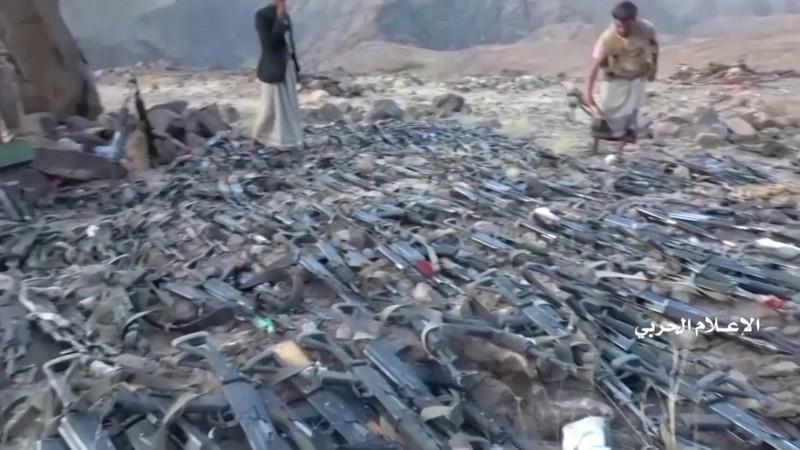 Video: Houthi phục kích 3 lữ đoàn Saudi Arabia, bắt binh sĩ  - ảnh 2