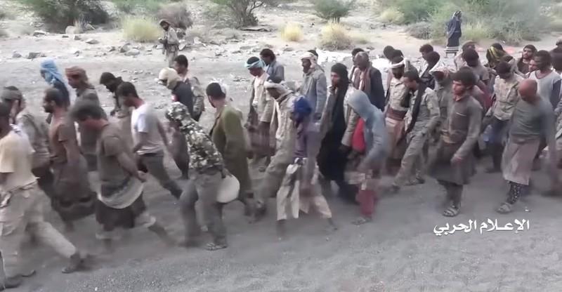 Video: Houthi phục kích 3 lữ đoàn Saudi Arabia, bắt binh sĩ  - ảnh 3