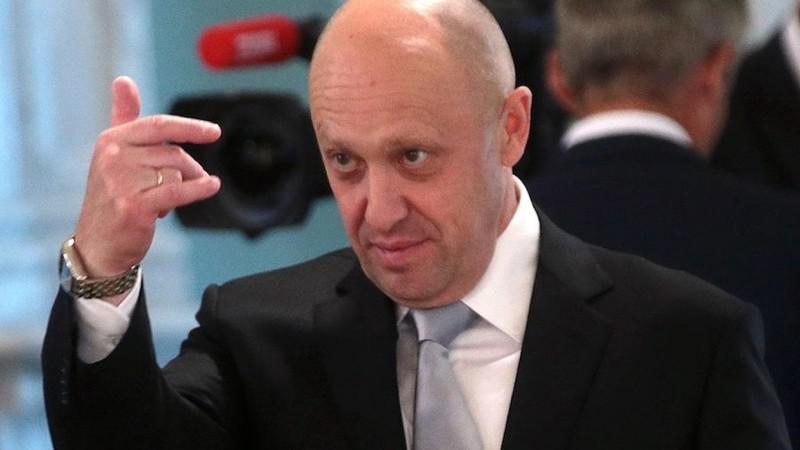 Mỹ siết chặt trừng phạt 'đầu bếp của Putin', Nga thề đáp trả  - ảnh 1