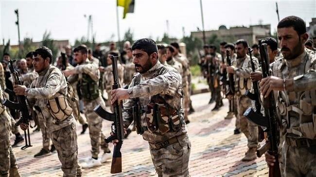 Hàng chục xe vũ khí của Mỹ tiến vào Syria - ảnh 1