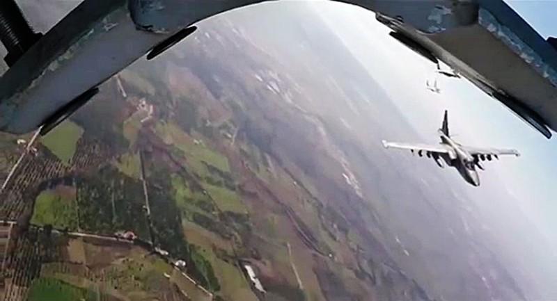 Máy bay chiến thuật Nga lần đầu tuần tra vùng đông bắc Syria - ảnh 1