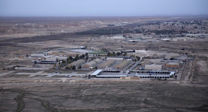 Căn cứ không quân Ayn al-Asad của Mỹ tại Iraq vừa hứng hàng loạt tên lửa của Iran. Ảnh: SPUTNIK