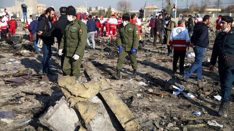 Canada nói có bằng chứng tên lửa Iran bắn rơi máy bay Ukraine - ảnh 2