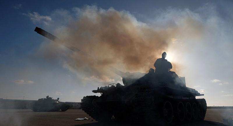 Phe tướng Haftar tuyên bố ngừng bắn ở Tây Libya - ảnh 1