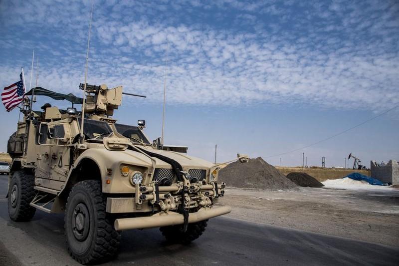 Mỹ chặn lực lượng Nga tiếp cận mỏ dầu ở Syria - ảnh 2