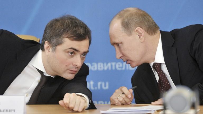 Nga thay đổi chính sách với Ukraine, trợ lý ông Putin từ chức? - ảnh 1