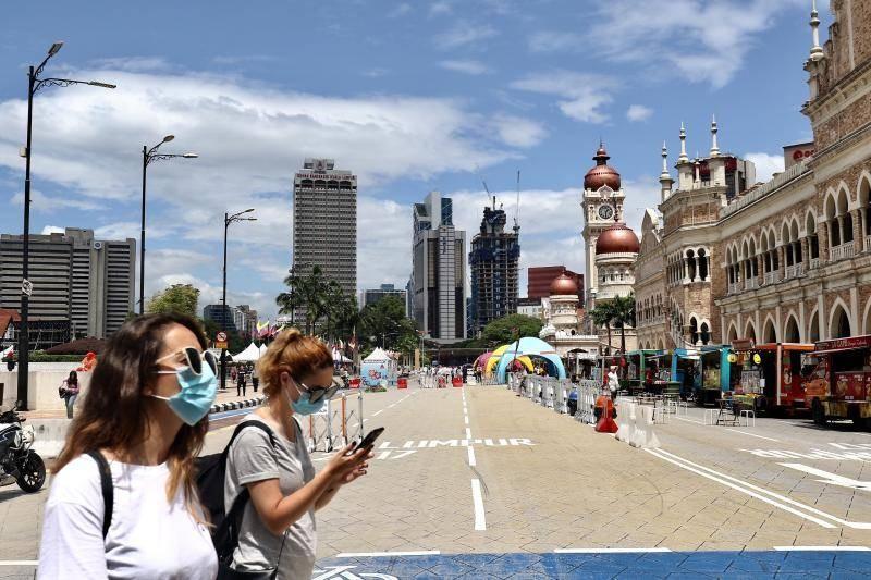 Malaysia: Virus Corona không biến con người thành zombie - ảnh 1