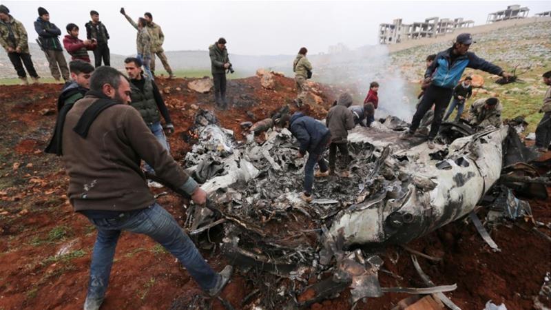 Trực thăng của quân đội Syria trúng tên lửa, không ai sống sót - ảnh 1