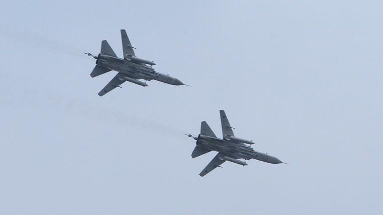 Ankara giúp phe nổi dậy đánh quân Syria, Nga đưa Su-24 đấu lại - ảnh 1