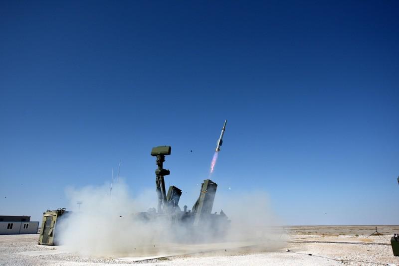 Thổ Nhĩ Kỳ gấp rút đưa hệ thống phòng không nội địa tới Syria - ảnh 1