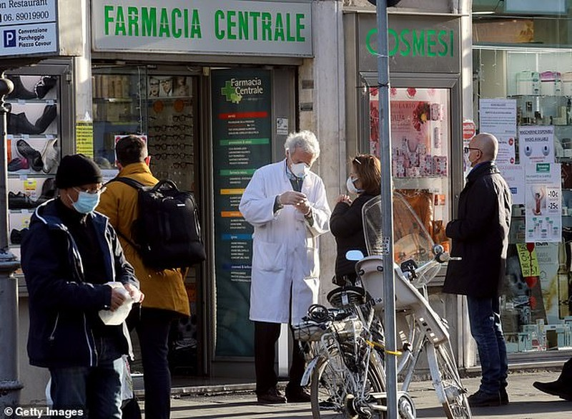 COVID-19 Ý: Thêm 168 người chết trong 1 ngày, mức tăng kỷ lục - ảnh 1