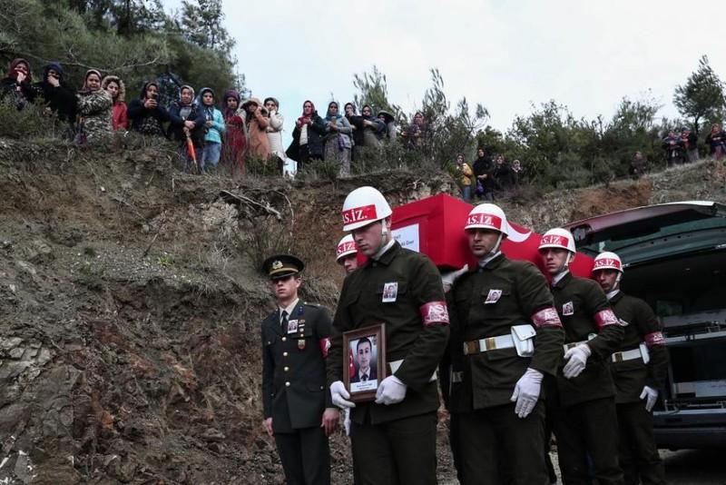 Người Kurd giết chết 2 lính, Thổ Nhĩ Kỳ trả đũa ngay lập tức - ảnh 1