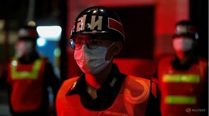 Đêm giới nghiêm toàn quốc đầu tiên ngăn COVID-19 ở Thái Lan - ảnh 3
