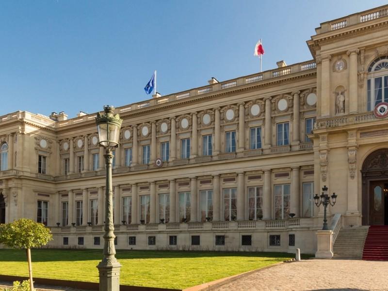 Pháp triệu tập đại sứ Trung Quốc phản đối bình luận COVID-19 - ảnh 1