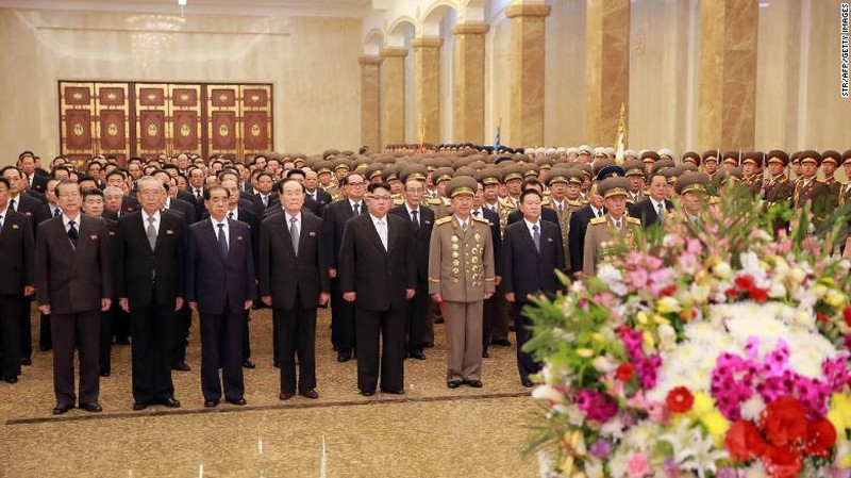 Ông Kim Jong-un vắng mặt trong ngày lễ quan trọng nhất - ảnh 1