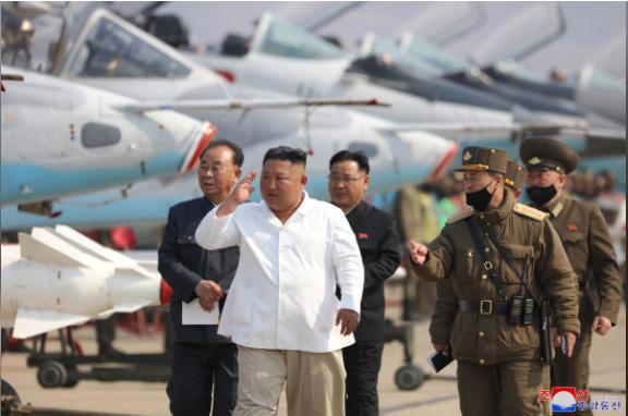 Trung Quốc: Chưa có thêm thông tin về ông Kim Jong-un - ảnh 1