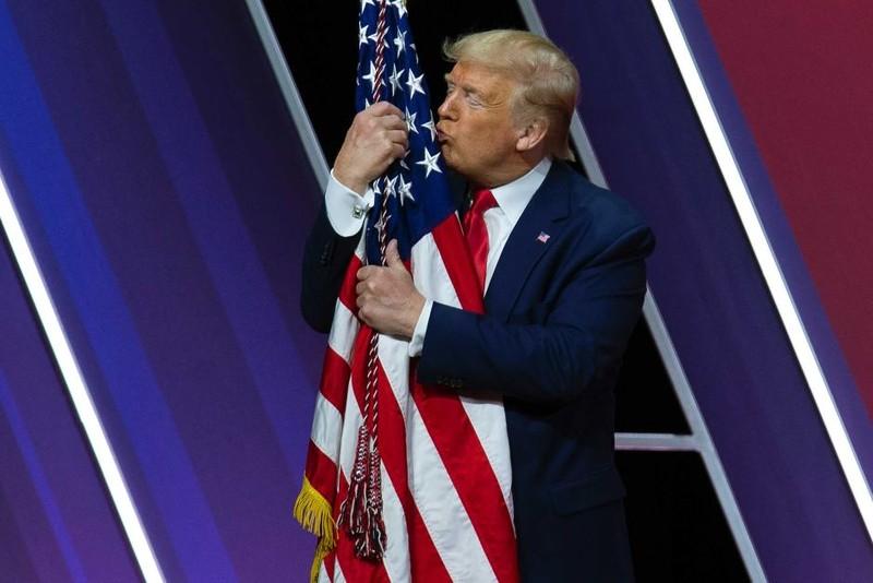 Ông Trump tự nhận là tổng thống chăm chỉ nhất lịch sử - ảnh 1