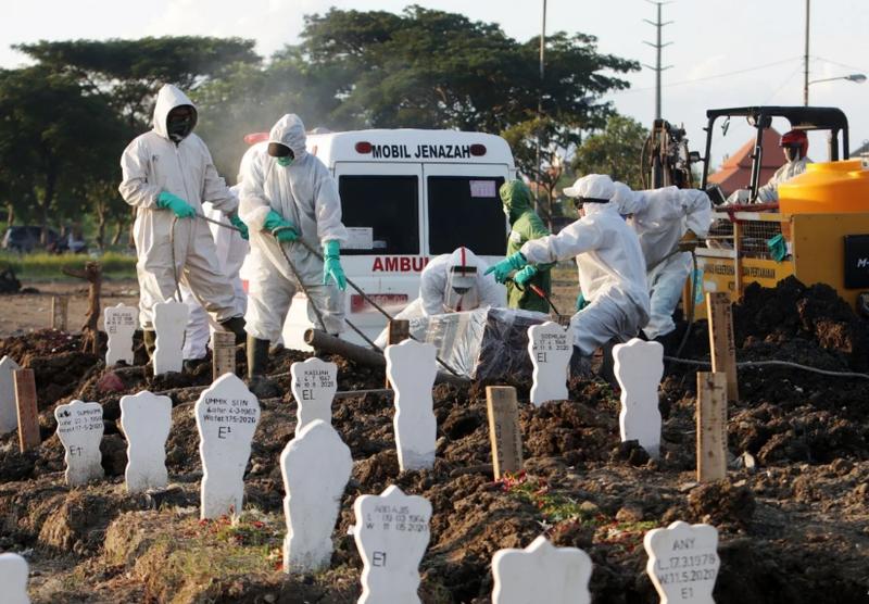 Indonesia báo động tình trạng cướp xác người chết vì COVID-19 - ảnh 1
